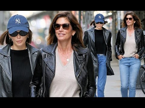 Cindy Crawford And Kaia Gerber Coordinate In Leather Jackets+Jeans