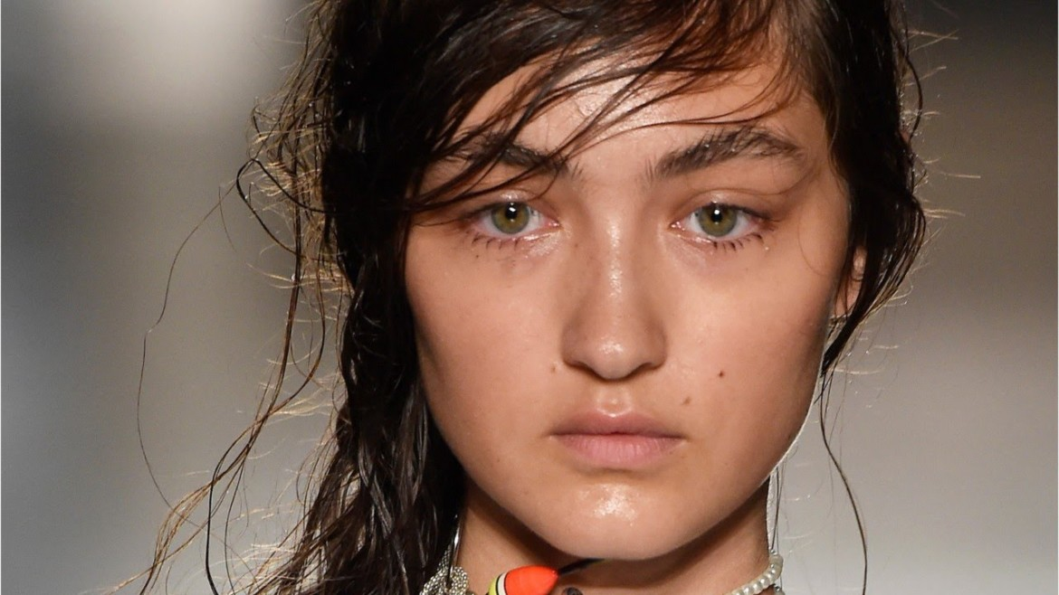 Hair + Makeup Trends At Milan Fashion Week